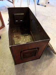 S0910477 225x300 50s Metal Dinamite Box Holland
