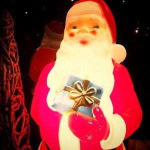 15267581 1085656028226505 1491259309546444069 n 300x300 LIFE Christmas Garage Sale