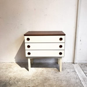 24909635 1451690488289722 8091777096245597742 n1 300x300 Rosewood Mini Chest オランダ