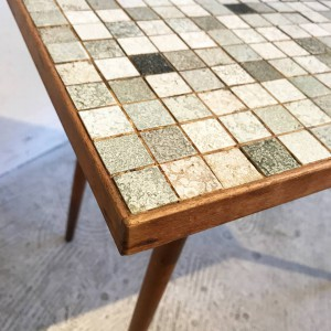 25289759 1452765751515529 8057886780312870360 n 300x300 50's Mosaic Tile Side Table オランダ
